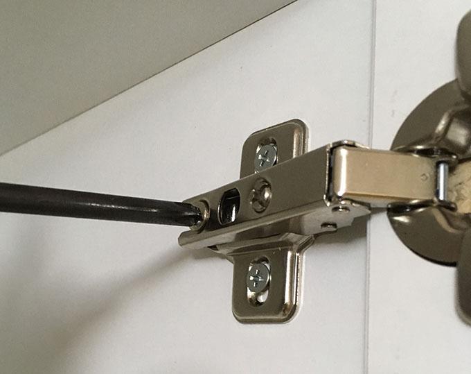 一人で洗面台の天袋(キャビネット)を取り付けてみた!パナソニック(Panasonic) エムライン(MLine)【GQM75T1CWY】